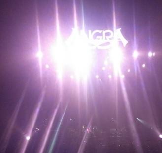 ANGRA ステージ