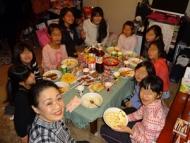 DSC00984クリスマス会カレーを食べる
