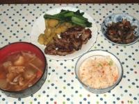 11/22 夕食 豚肉の味噌粕漬け焼き、五目ひじき煮、豚汁、鮭の炊き込みご飯