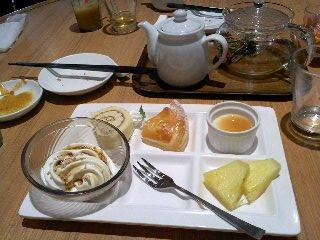 10/28 飲茶カフェ 洋風デザート  グランチャイナ