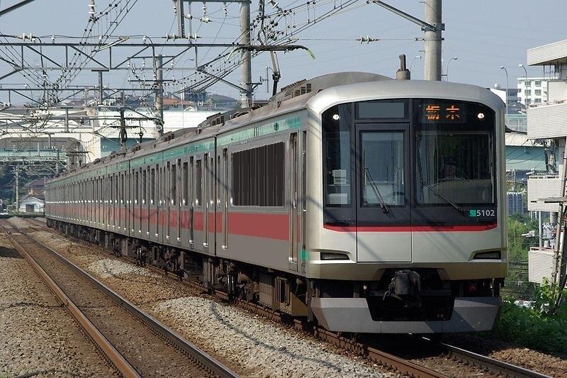 800px-Tokyu-5000-3.jpg