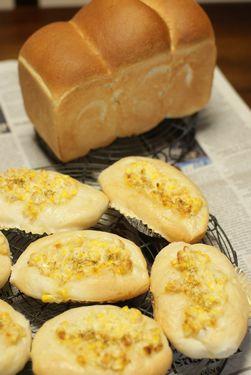 豆乳食パン&コーンパン