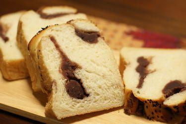 豆乳食パンで餡子の折り込みパン