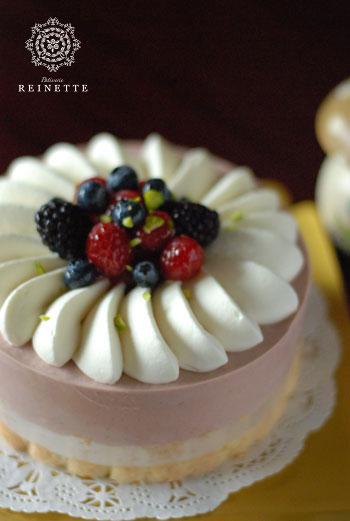 井上さんケーキ