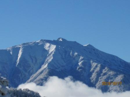 H25 10 17 薬師岳冠雪 (2)