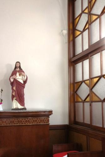 喜多見教会② お御堂イエス様