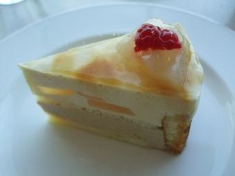 日本平ホテルケーキ