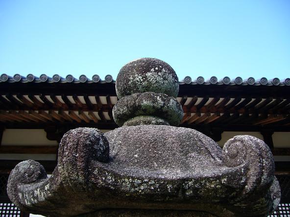 2013夏休みの旅。_秋篠寺石灯籠