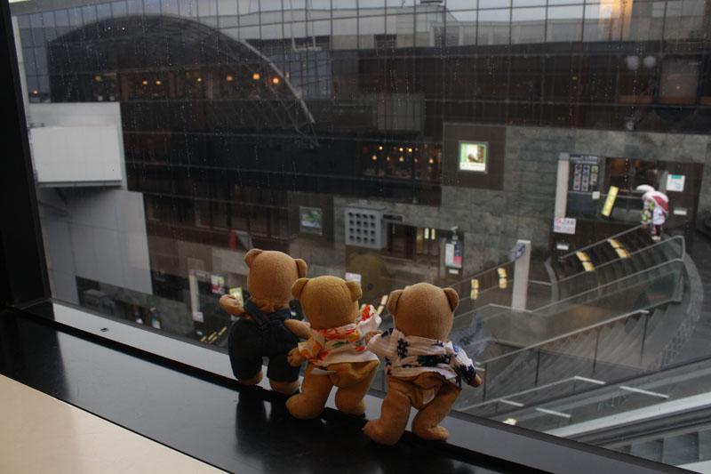 京都駅ビルの窓から 130907