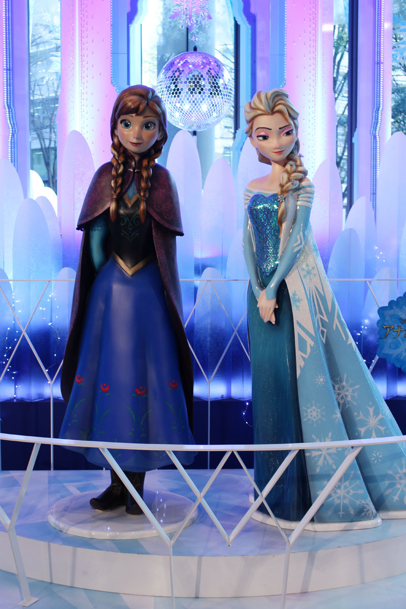 Anna & Elsa 1
