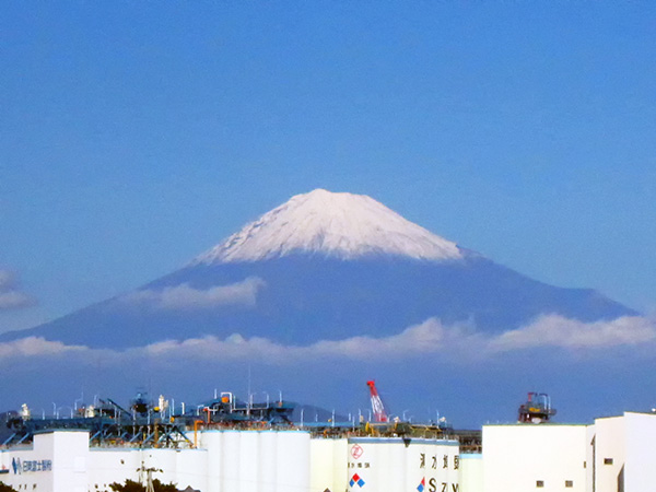 富士山初冠雪20141016