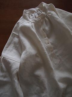 リネンクリオネシャツ