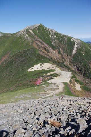 常念小屋と横通岳
