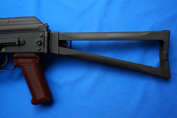 AK74U−3