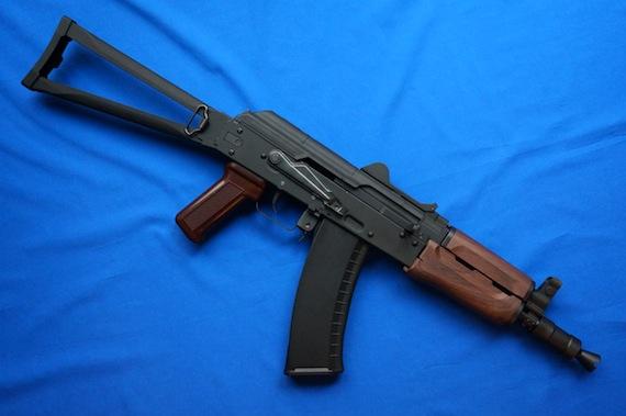 AK74U−5