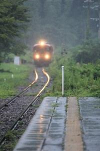 雨駅。_800