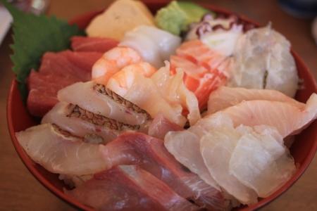 海鮮丼。_800