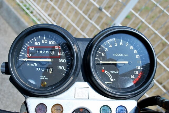 sb400sf-メータ