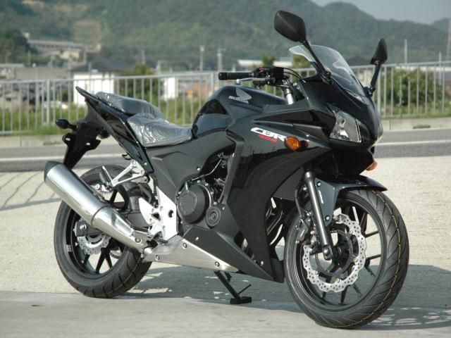 new-cbr400r-kuro-1.jpg