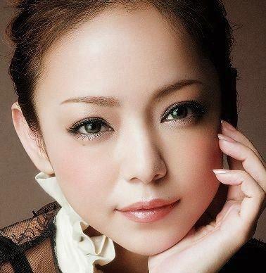 2安室奈美恵