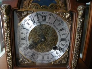 ヘルムレ 時計 009