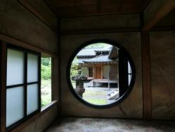 田母沢御用邸・円窓
