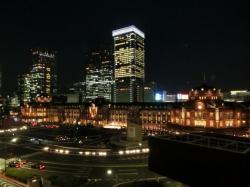 丸ビル5Fテラスからの東京駅赤レンガ駅舎