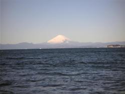 葉山・森戸海岸からの富士山
