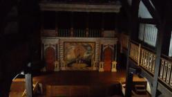 劇場の舞台