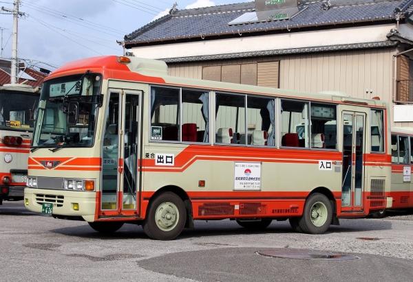 高知22あ・626