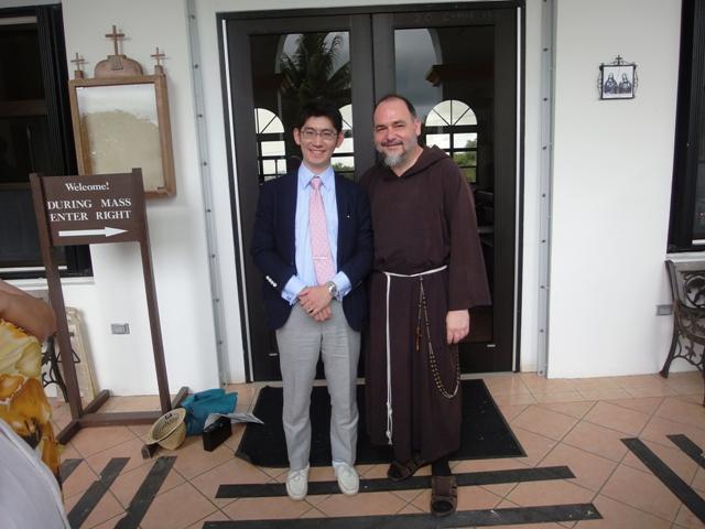 エリック神父と一緒