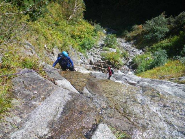 15古関さんと加藤さんがロープマンで登る