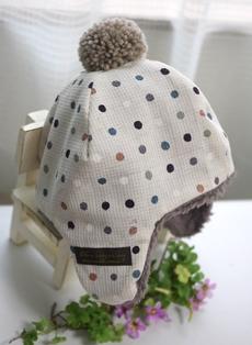 耳あて付きボア帽子‐茶系ドット131026
