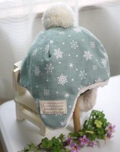 耳あて付きボア帽子‐ペールグリーン結晶131026