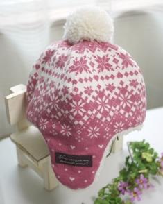 耳あて付きボア帽子‐ピンク雪の結晶131026