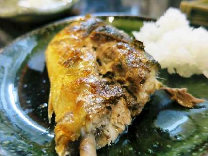 13-10-5 秋刀魚たべ