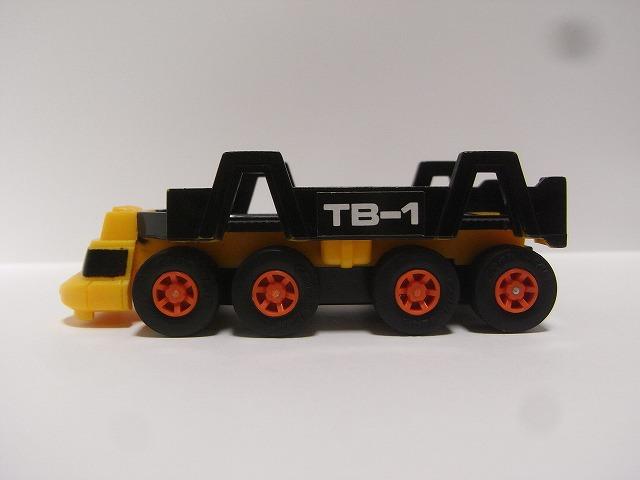 toybox-pullback12.jpg