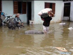 podul-flooding-in-vietnam.jpg