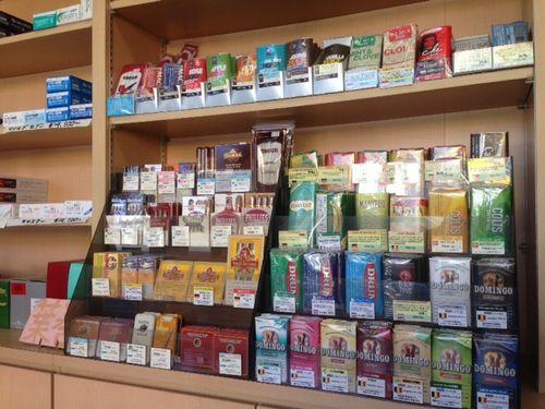 甲府昭和インターチェンジ周辺で種類の豊富な葉巻、手巻きたばこ販売・専門