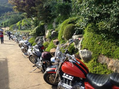 バイクツーリングで行く人気ぶどう狩り山梨