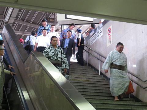 相撲列車02