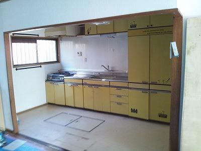 桑名 キッチン (2)