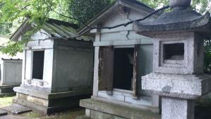 瑞龍寺_石廟