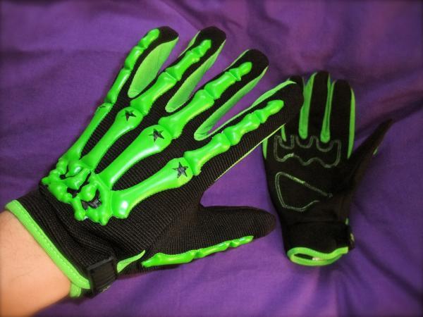 グローブ緑2