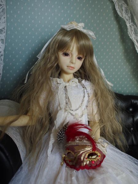 アイス 白ドレス 1