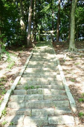 2013/08/18藁科川ポタリング_木枯の森の石段
