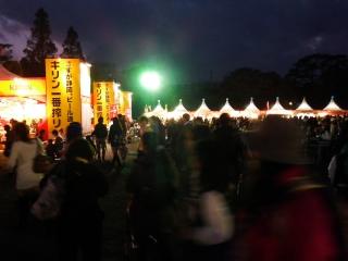 大道芸ワールドカップin静岡2013:最終日のラスト、駿府城公園の夕暮れ