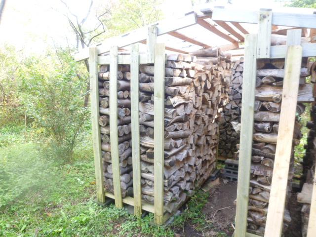 薪小屋 ケヤキ