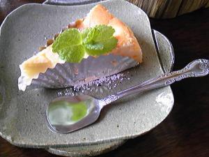 「チーズケーキ」ツリーハウスカフェリーフ(熊本)