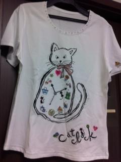 201305猫Tシャツ2